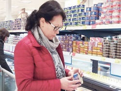 Чем торговые сети кормят белорусов?
