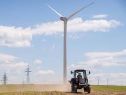 Как под Новогрудком получают энергию из ветра