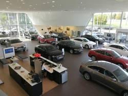 Продажи дорогих машин в Беларуси растут