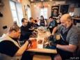 Как иностранцы застряли в Минске и живут на полную катушку